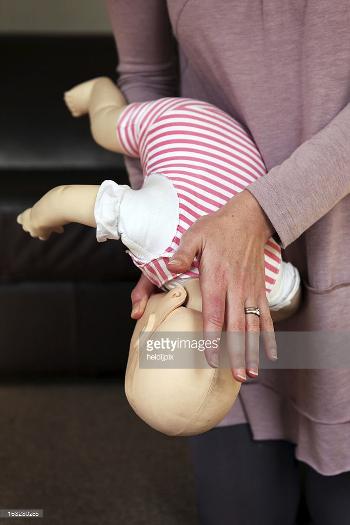 dziecko zakrztuszenie