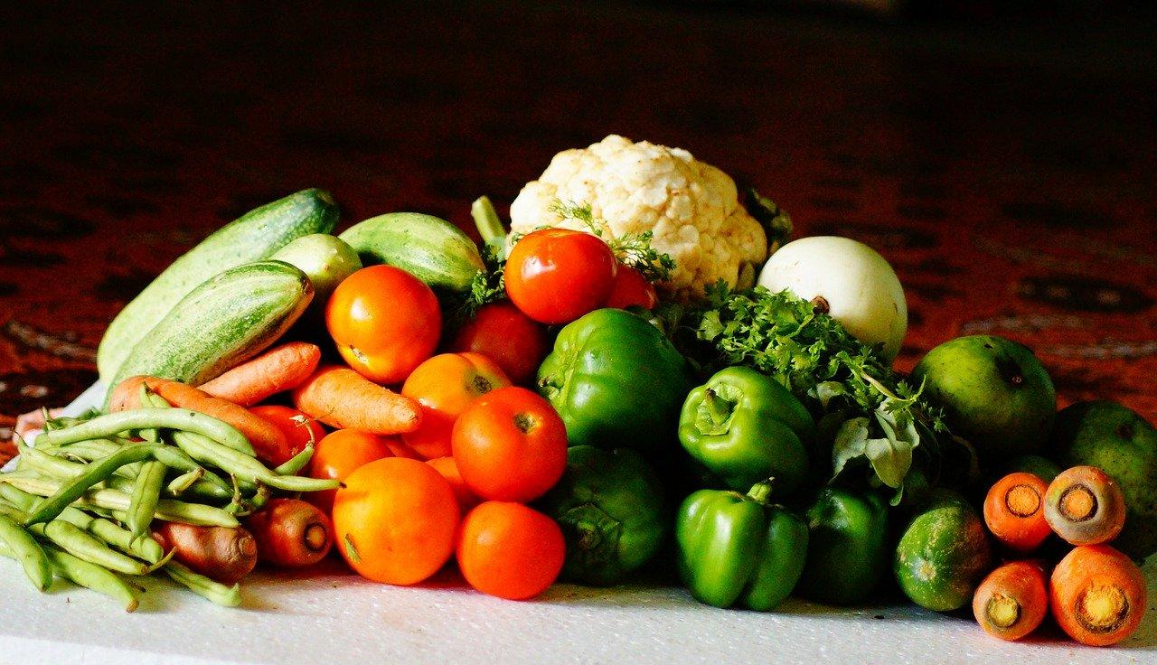 Dieta dr Dąbrowskiej: warzywa i owoce dozwolone
